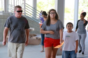 Freshmen Gillian Eastmen tours the campus to locate her classrooms for this school year. <br />Photo Credit: June Gabriel Santos