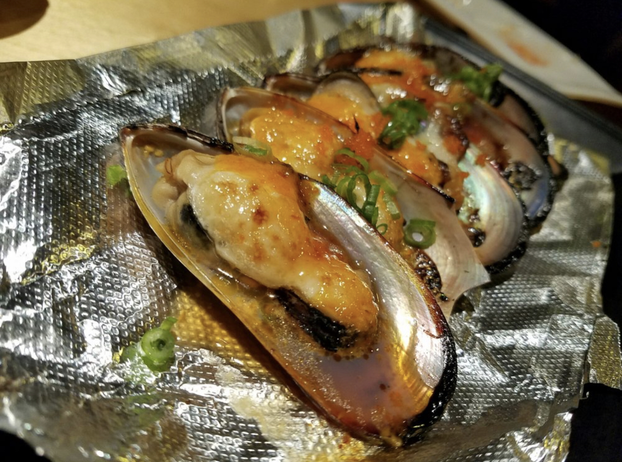 Baked green mussels ($3.95)